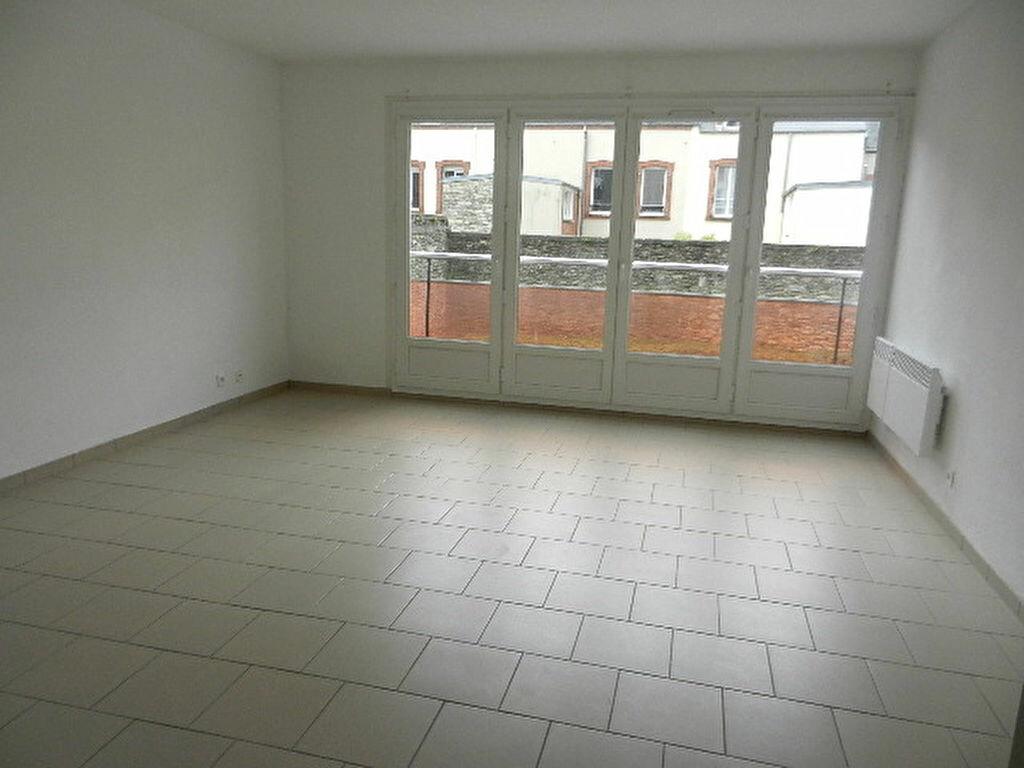 Appartement à louer 3 68m2 à Cherbourg-Octeville vignette-1