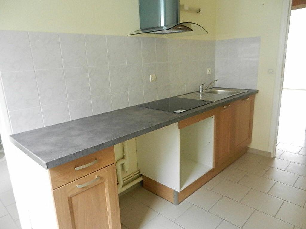 Appartement à louer 3 68m2 à Cherbourg-Octeville vignette-2