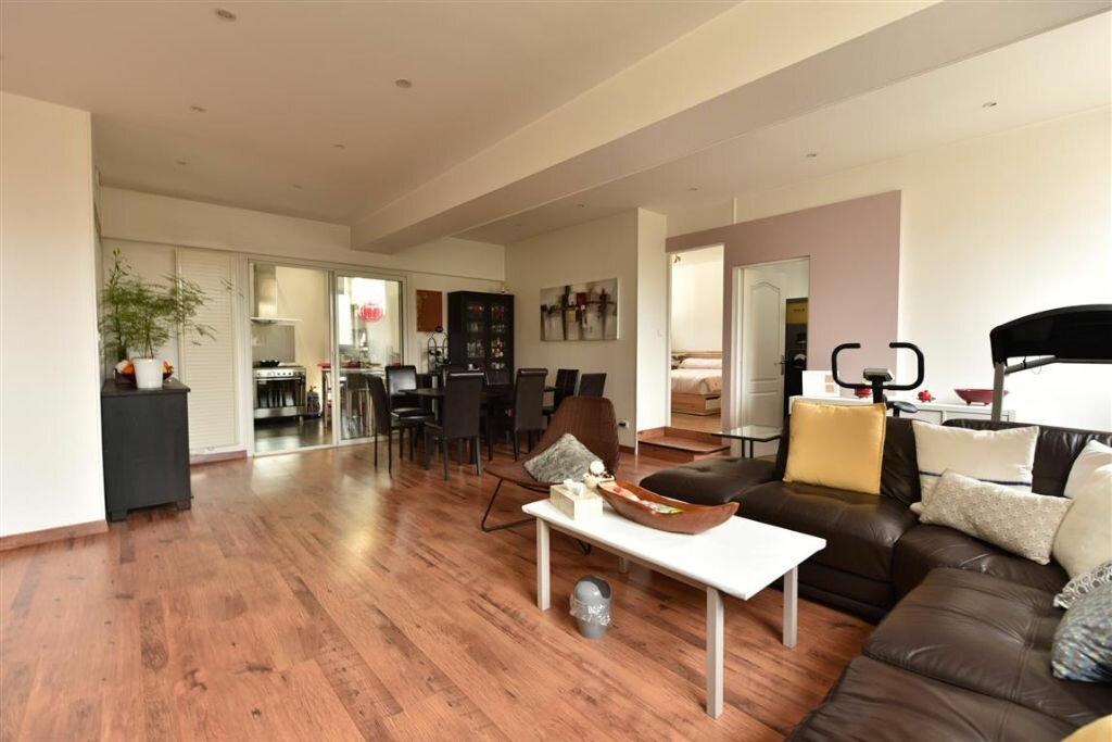 Appartement à louer 4 109.18m2 à Cherbourg-Octeville vignette-2