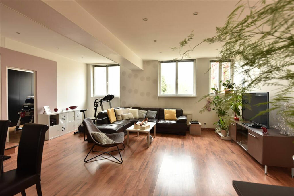 Appartement à louer 4 109.18m2 à Cherbourg-Octeville vignette-8