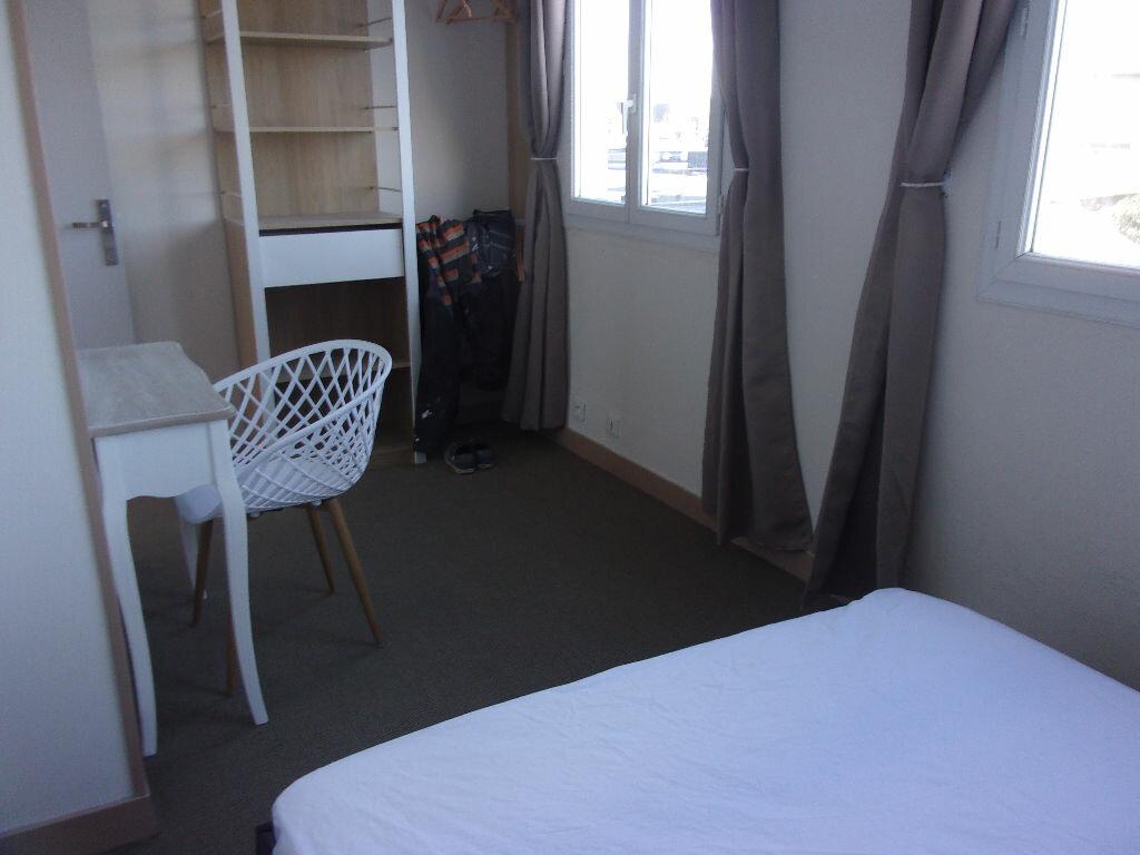 Appartement à louer 3 68.5m2 à Tourlaville vignette-7