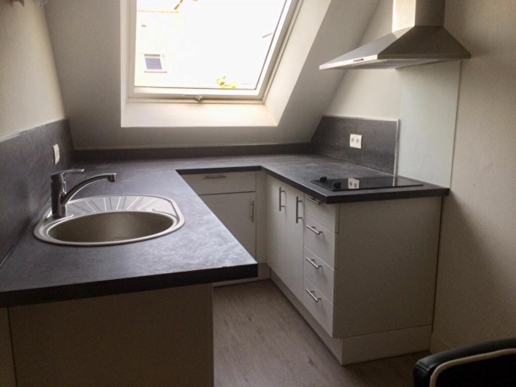 Appartement à louer 3 34m2 à Cherbourg-Octeville vignette-2