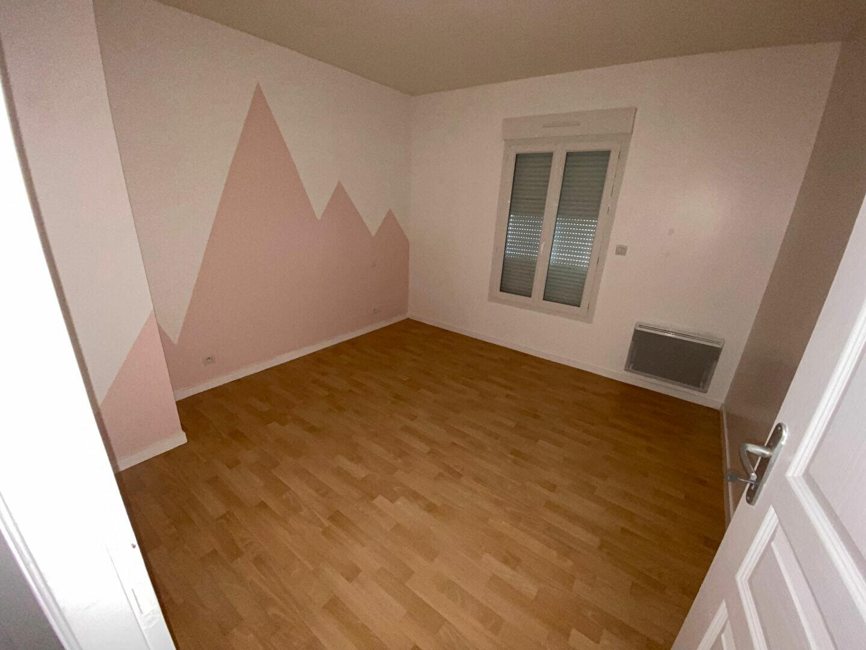 Maison à louer 5 83.39m2 à Équeurdreville-Hainneville vignette-9