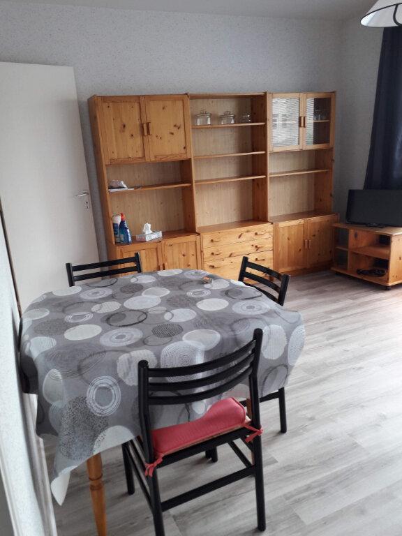 Appartement à louer 1 25m2 à Cherbourg-Octeville vignette-2