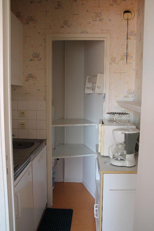 Appartement à louer 1 25m2 à Cherbourg-Octeville vignette-4