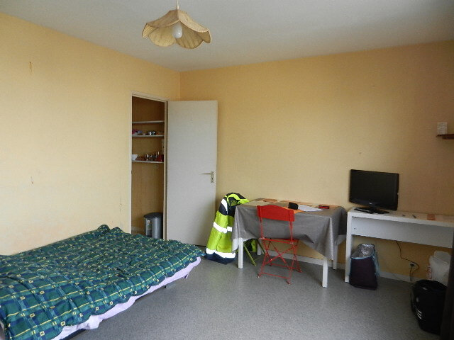 Appartement à vendre 1 25m2 à Cherbourg-Octeville vignette-1