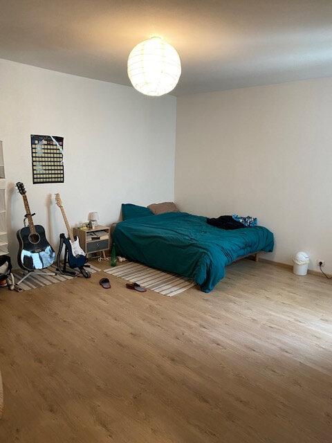 Appartement à louer 5 84.5m2 à Cherbourg-Octeville vignette-4