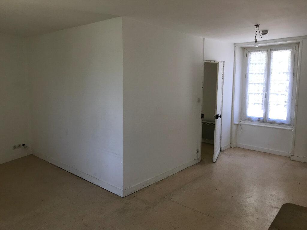 Appartement à louer 2 38.5m2 à Valognes vignette-2