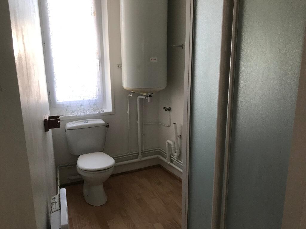 Appartement à louer 2 38.5m2 à Valognes vignette-5