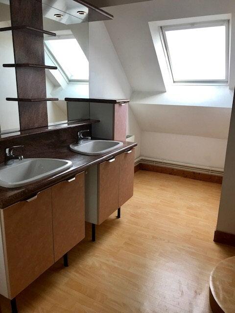 Maison à louer 7 183m2 à Cherbourg-Octeville vignette-12
