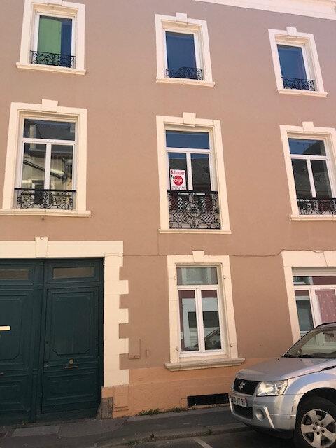 Appartement à louer 3 78.92m2 à Cherbourg-Octeville vignette-1