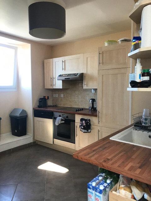 Appartement à louer 4 75m2 à Équeurdreville-Hainneville vignette-2
