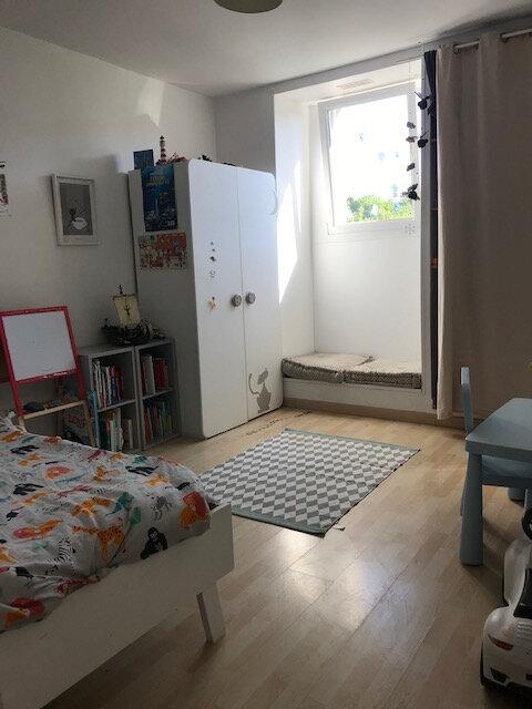 Appartement à louer 4 75m2 à Équeurdreville-Hainneville vignette-4
