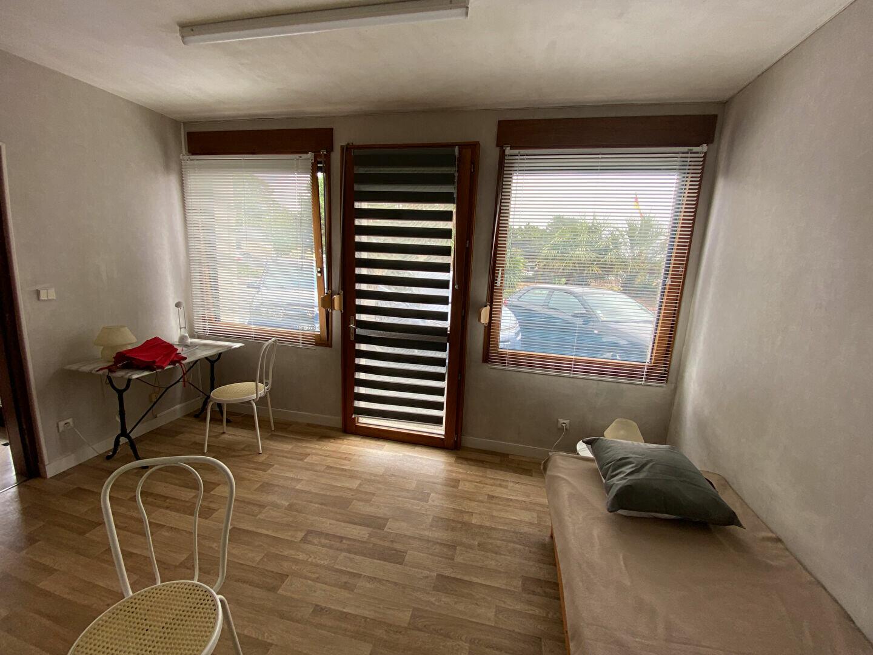 Appartement à louer 1 18m2 à Cherbourg-Octeville vignette-3