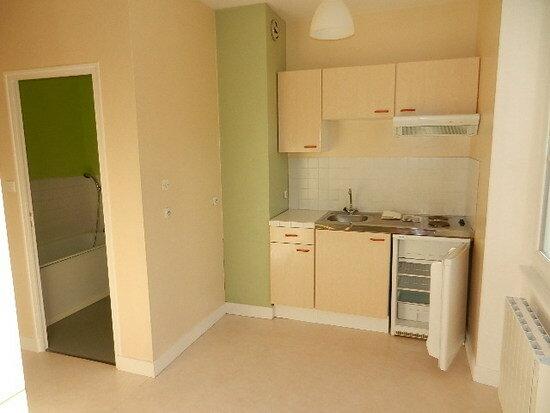 Appartement à louer 1 33m2 à Cherbourg-Octeville vignette-3