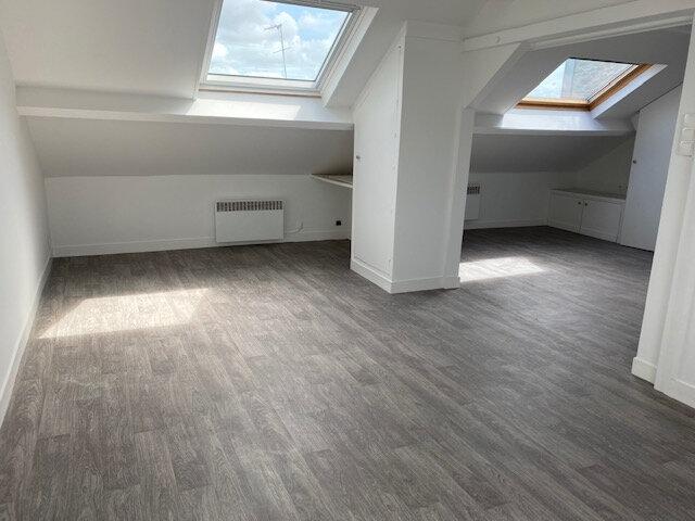 Appartement à louer 1 28m2 à Cherbourg-Octeville vignette-1