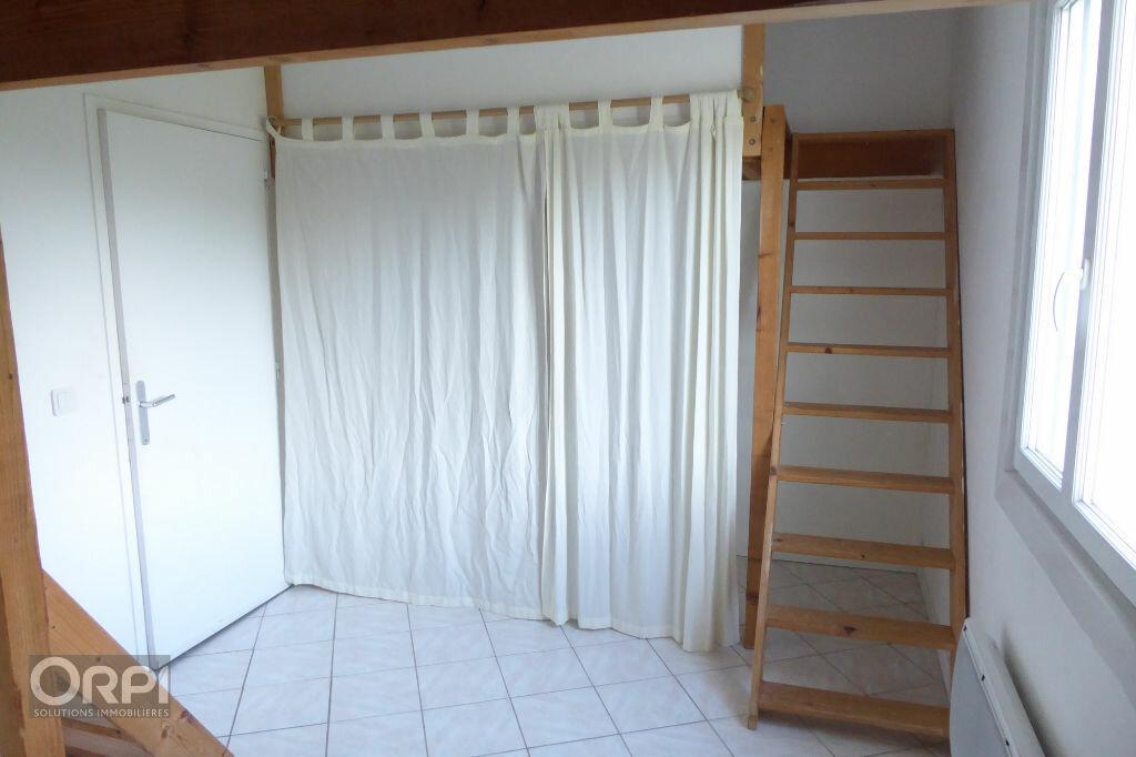 Maison à louer 4 92.22m2 à Saint-Gildas-de-Rhuys vignette-3