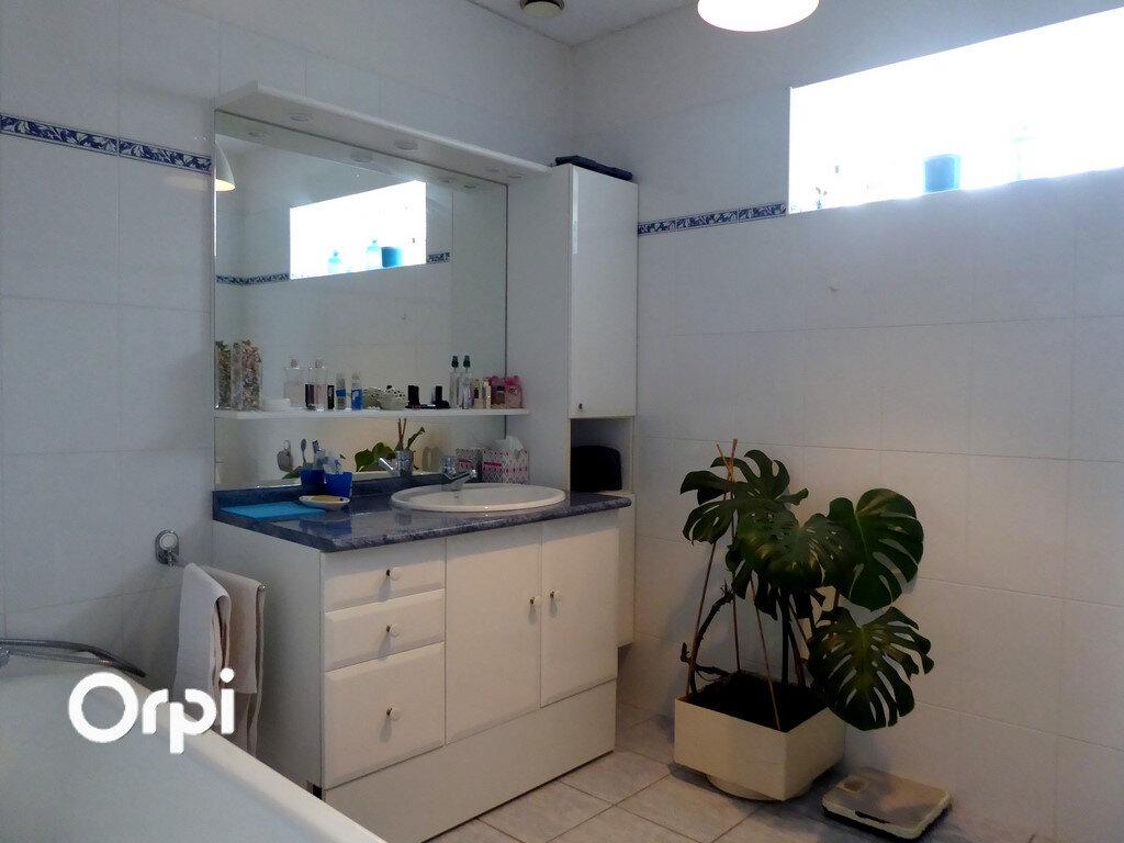 Maison à vendre 7 180m2 à Arzon vignette-9