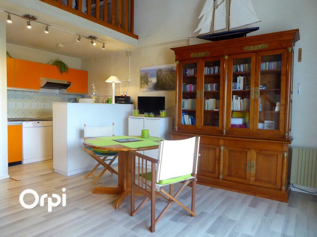 Appartement à vendre 4 66.59m2 à Arzon vignette-2