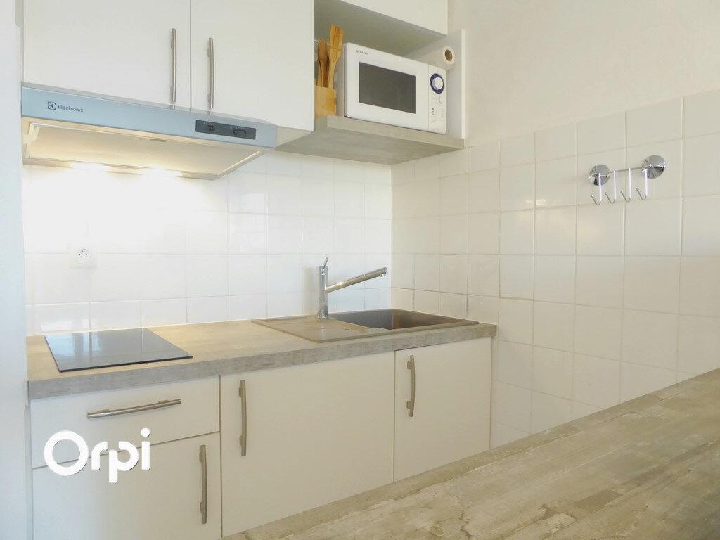 Appartement à vendre 2 25m2 à Arzon vignette-2