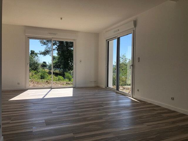 Maison à vendre 5 97m2 à La Chapelle-Gaceline vignette-2