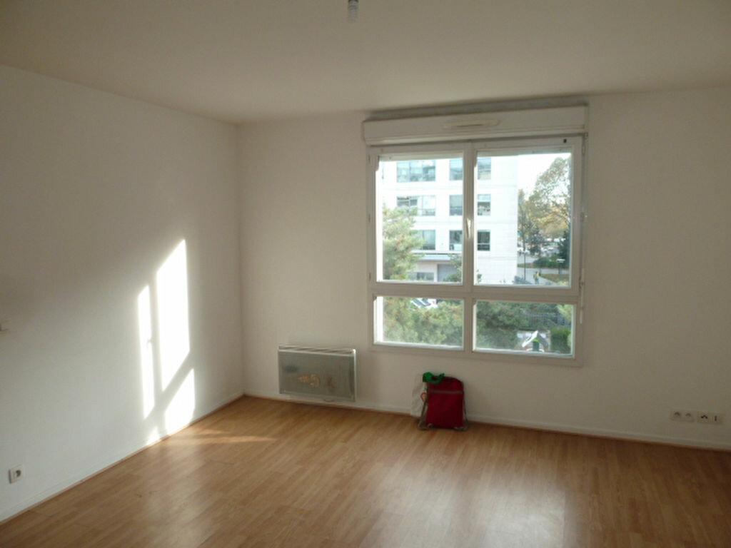 Appartement à louer 2 39.05m2 à Saint-Denis vignette-1