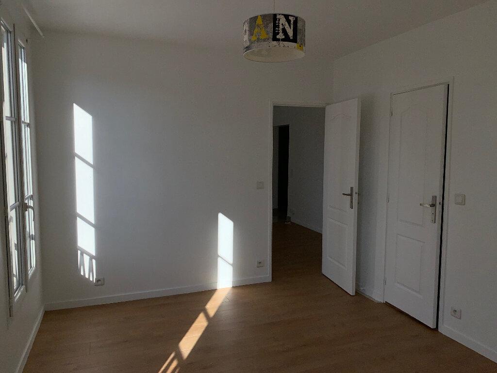 Appartement à louer 2 35.48m2 à Saint-Ouen vignette-5