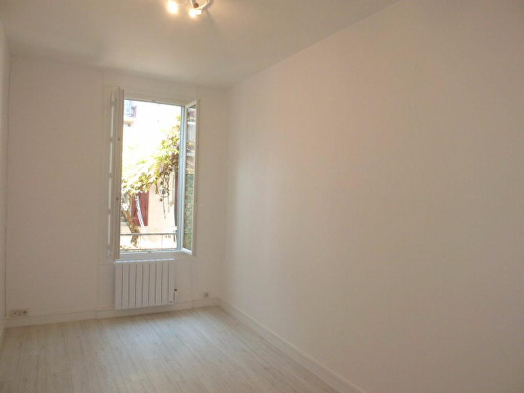 Appartement à louer 1 21.99m2 à Saint-Ouen vignette-1