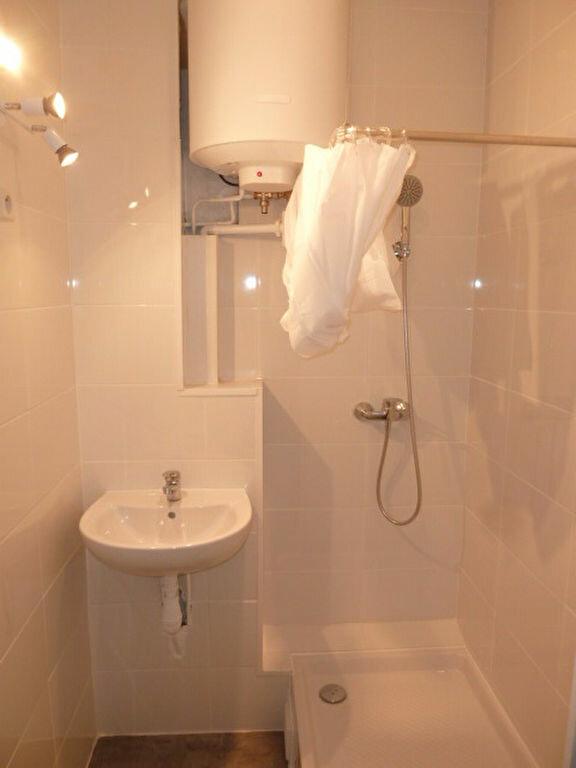 Appartement à louer 1 21.99m2 à Saint-Ouen vignette-3