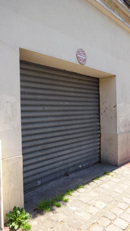 Stationnement à louer 0 23.36m2 à Saint-Ouen vignette-1