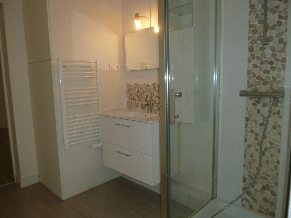 Appartement à louer 2 50.35m2 à Issy-les-Moulineaux vignette-5
