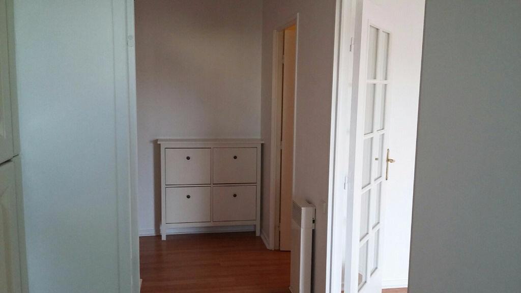 Appartement à louer 2 60.02m2 à Issy-les-Moulineaux vignette-5