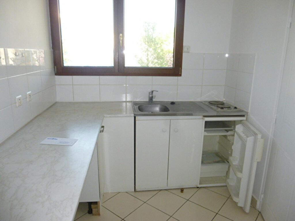 Appartement à louer 1 31.26m2 à Issy-les-Moulineaux vignette-4