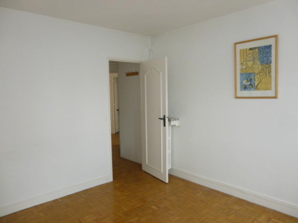 Appartement à louer 2 50.26m2 à Issy-les-Moulineaux vignette-8