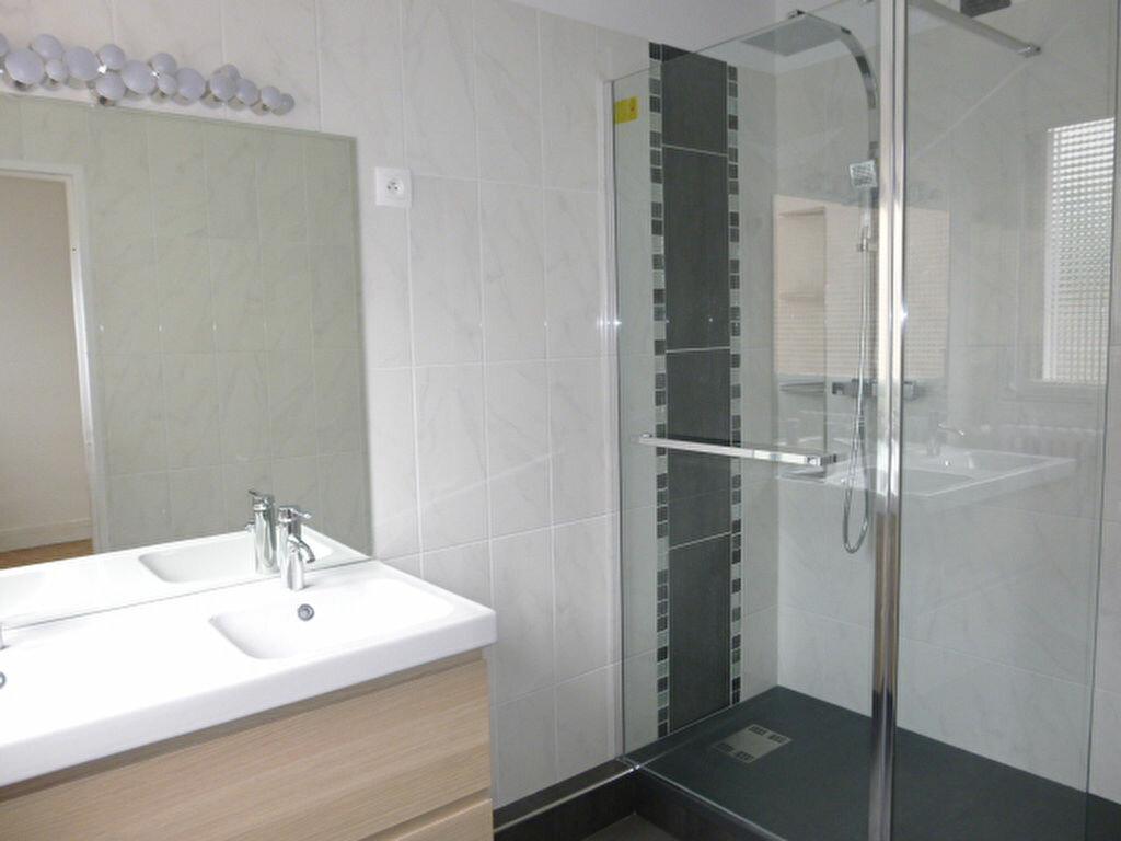 Appartement à louer 2 50.26m2 à Issy-les-Moulineaux vignette-10