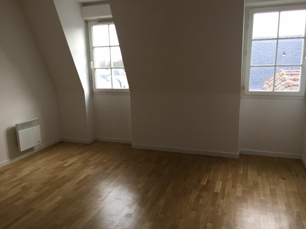 Appartement à louer 2 36.4m2 à Le Plessis-Robinson vignette-1