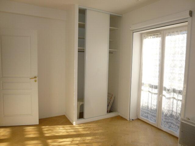 Appartement à louer 4 80.07m2 à Issy-les-Moulineaux vignette-6