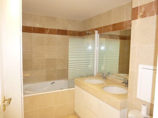 Appartement à louer 4 80.07m2 à Issy-les-Moulineaux vignette-10