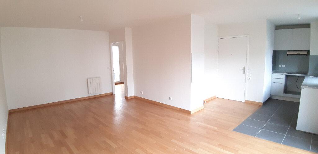 Appartement à louer 2 50.4m2 à Issy-les-Moulineaux vignette-1