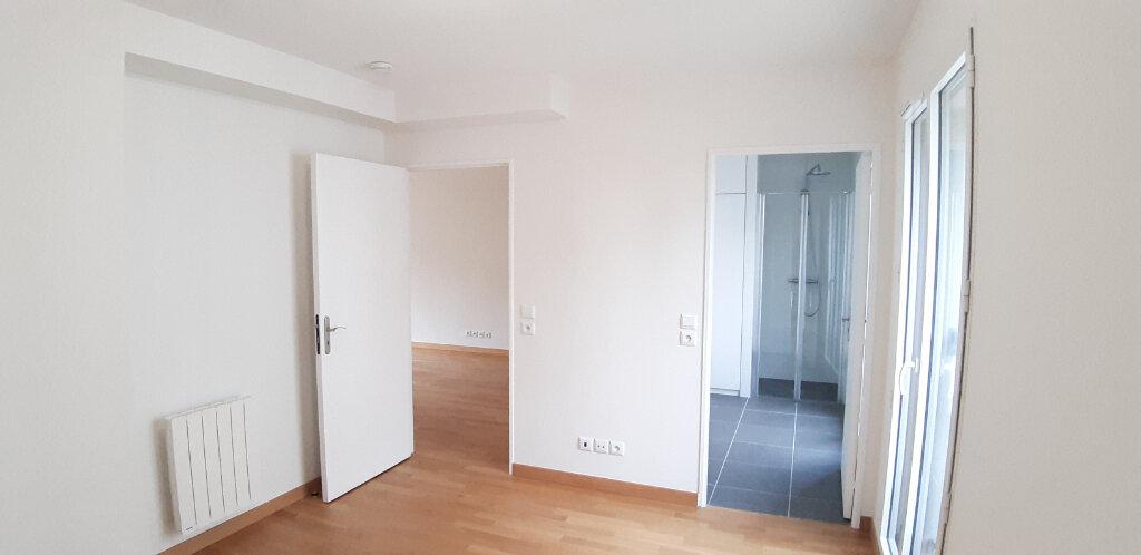 Appartement à louer 2 50.4m2 à Issy-les-Moulineaux vignette-5
