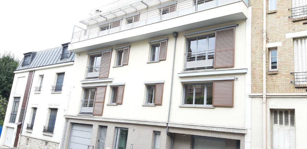 Appartement à louer 2 50.4m2 à Issy-les-Moulineaux vignette-6