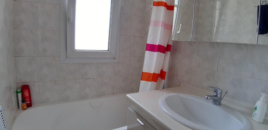 Appartement à louer 3 50.91m2 à Issy-les-Moulineaux vignette-8