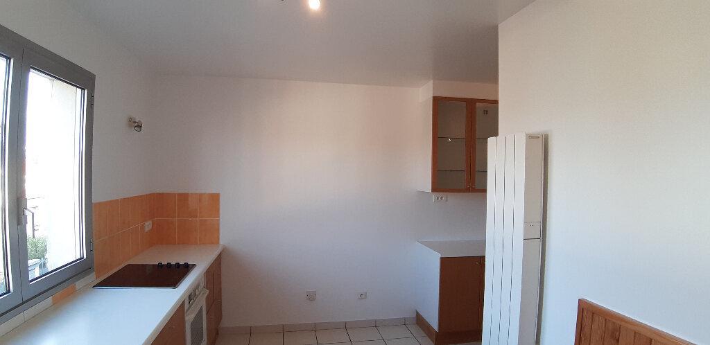 Appartement à louer 5 147.98m2 à Issy-les-Moulineaux vignette-8