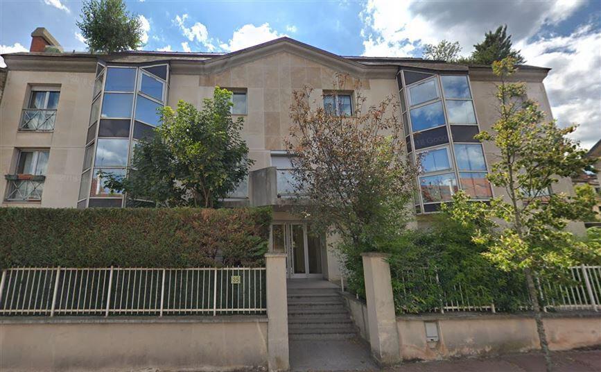 Appartement à louer 5 147.98m2 à Issy-les-Moulineaux vignette-17