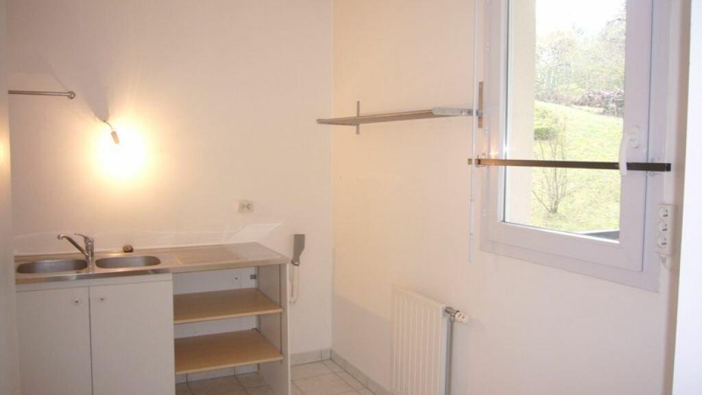 Appartement à louer 2 57.54m2 à Châtillon vignette-3