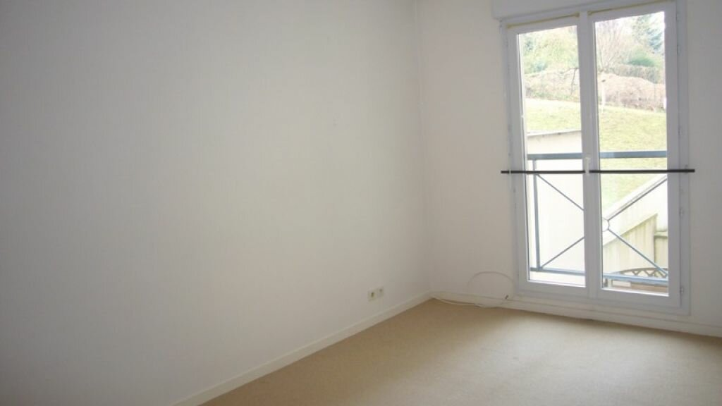 Appartement à louer 2 57.54m2 à Châtillon vignette-4