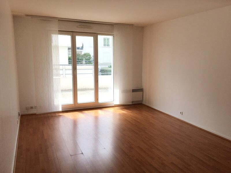 Appartement à louer 2 46m2 à Montrouge vignette-2