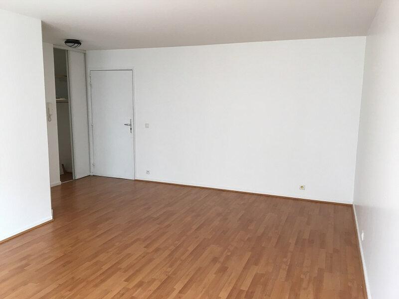 Appartement à louer 2 46m2 à Montrouge vignette-4