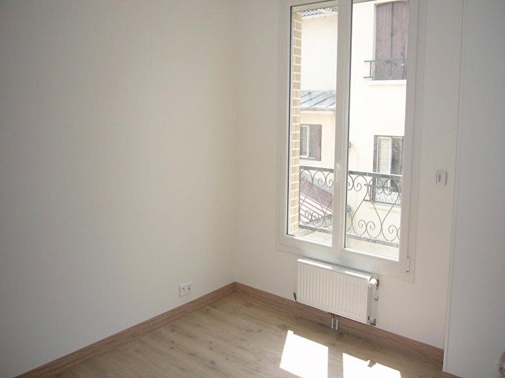 Appartement à louer 3 44.6m2 à Châtillon vignette-4