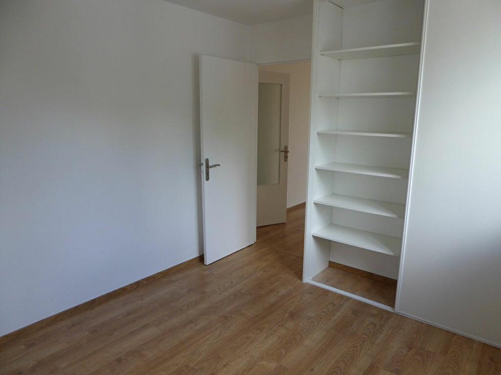 Appartement à louer 3 54.4m2 à Le Plessis-Robinson vignette-4